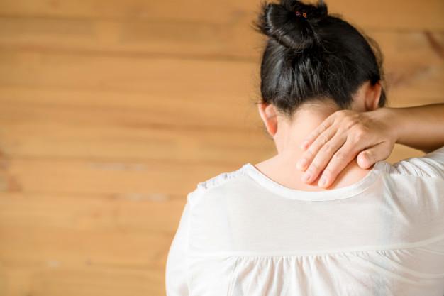 Bol u vratu (Cervikalni sindrom)